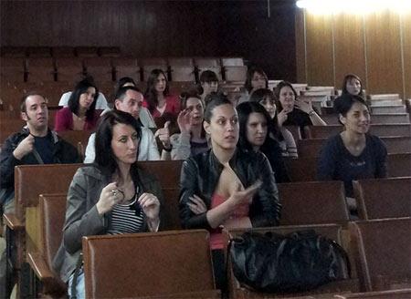 znakovni-jezik-telekom-srbija
