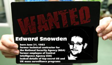 4edward_snowden_wanted