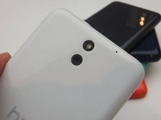 HTC_Desire610-11