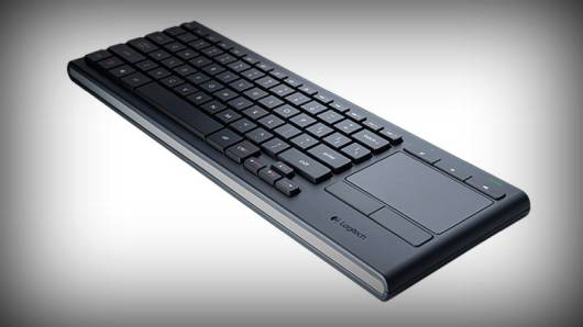 logitech-illuminated-living-room-keyboard-k830