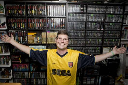 worlds-largest-video-game-collection-is-being-auctioned-off