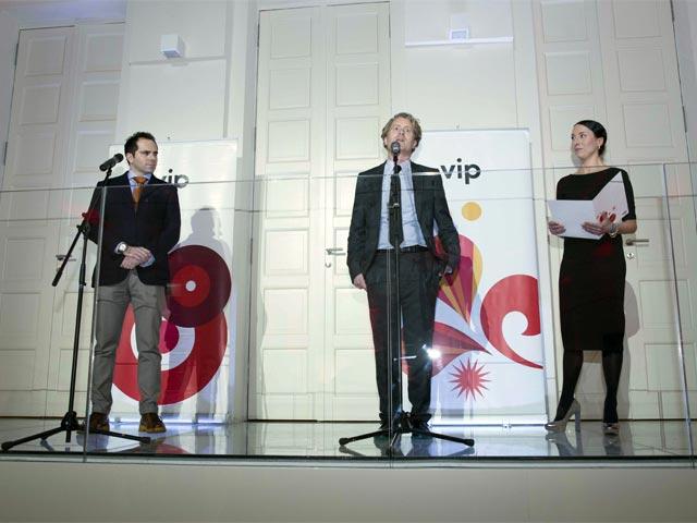Marjan Vujović, upravnik muzeja kinoteke, Andreas Graf, CFO Vip i Aja Jung.