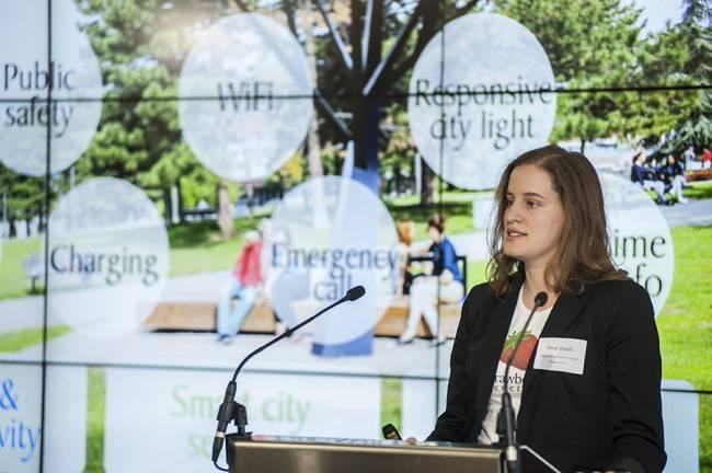 Sara Oredić, Strawberry energy, ispred Cognicity publike u Londonu