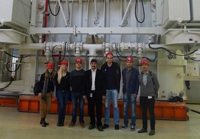 Najuspešniji studenti Elektrotehničkog fakulteta tokom nagradnog putovanja posetili četiri Siemens fabrike