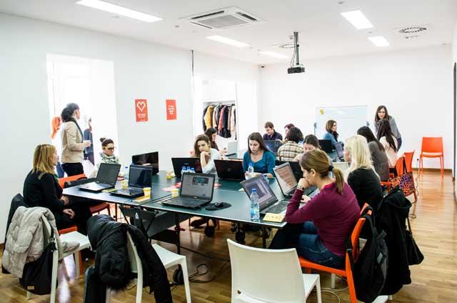 Četvrti Rails Girls Beograd događaj će biti održan 6. i 7. juna u Gnezdu-inkubatoru za razvoj preduzetnštva Kancelarije za mlade Beograda, na 6. spratu Beograđanke.