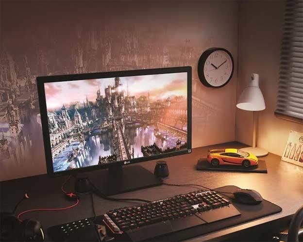 LG 4K monitor